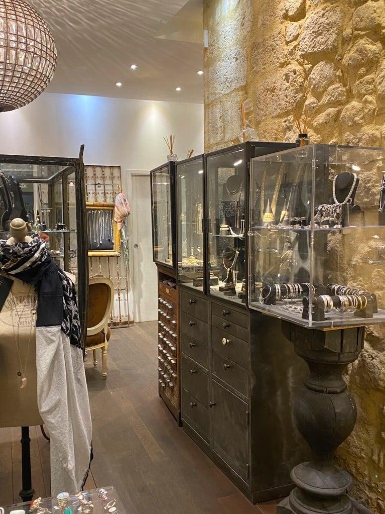 Intérieur gh bijoux bordeaux