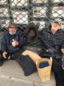 Les sans abris, ravie de la distribution